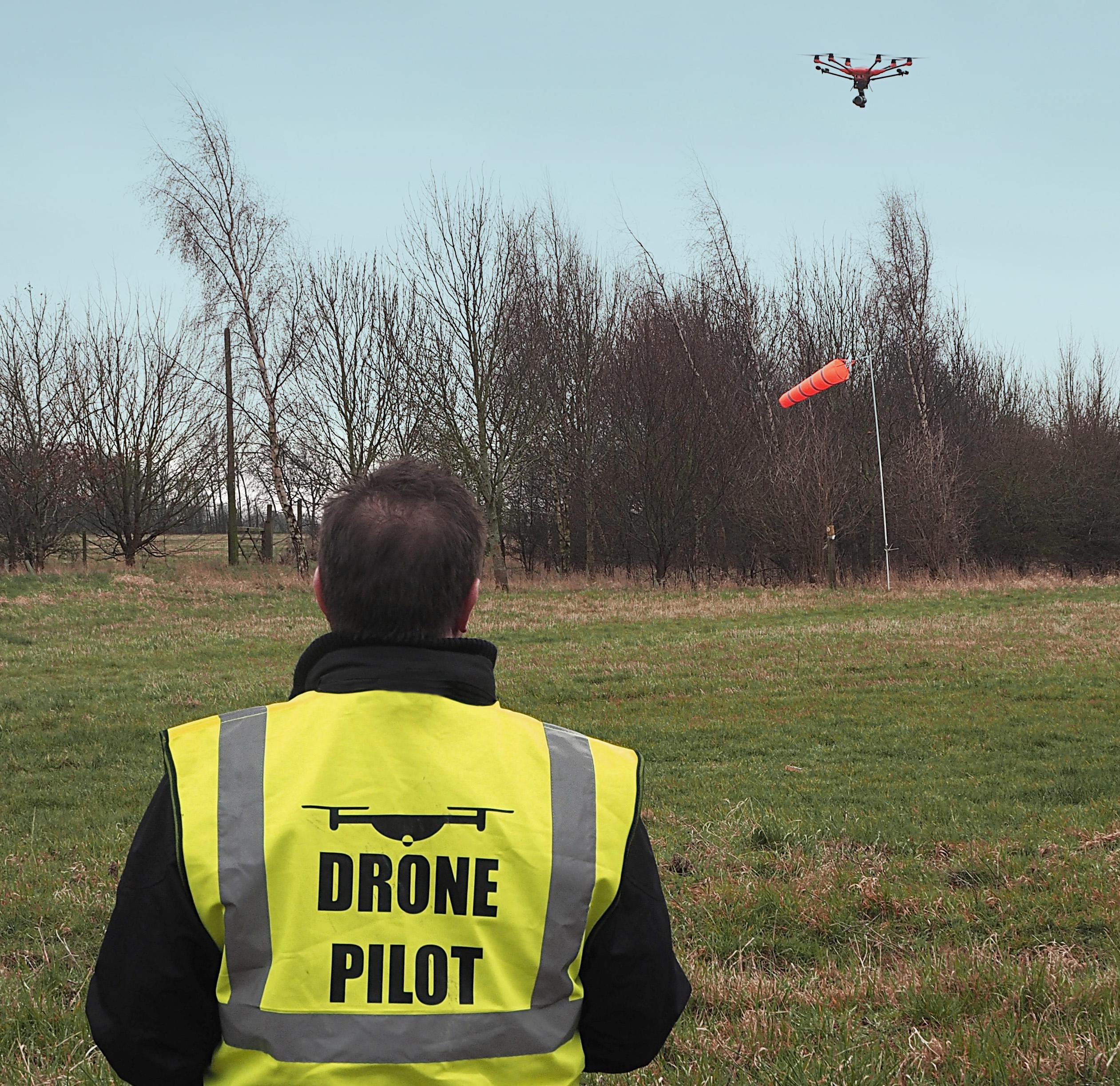 VFR Studios pilot test flies the Yuneec H520 hexacopter drone
